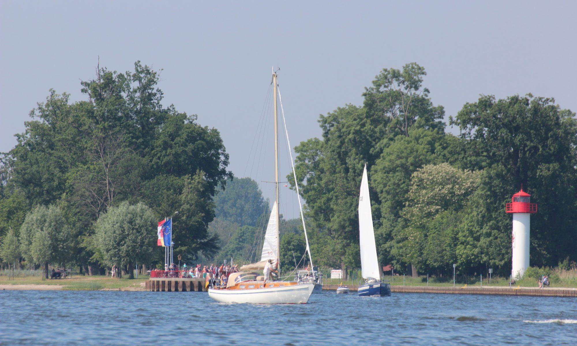 12. Haff-Sail